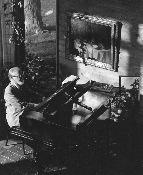 Frank Seiberling Jr. at his Steinway
